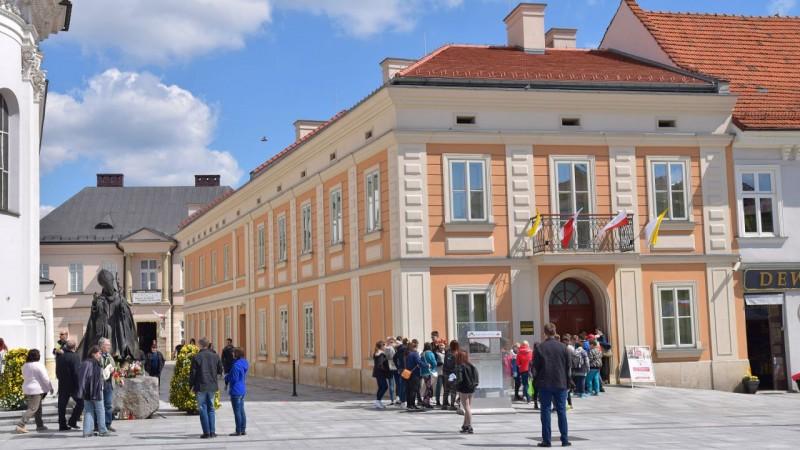Wadowice - Muzeum Dom Rodzinny Ojca Świętego Jana Pawła II. źródło: https://pl.wikipedia.org/wiki/Wadowice